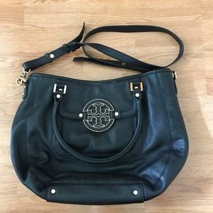 Tory Burch Bags - Tory Burch Amanda Hobo Bag